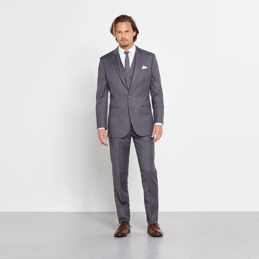Wedding Gown For Men: Wedding Attire For Men: The Complete Guide For 2018