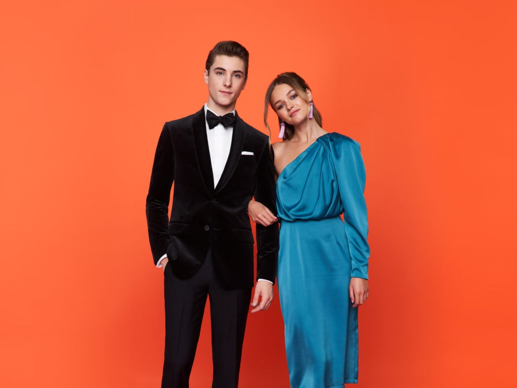 fba185885b1c Prom Tuxedos 2019  Guide to Prom Tux Ideas