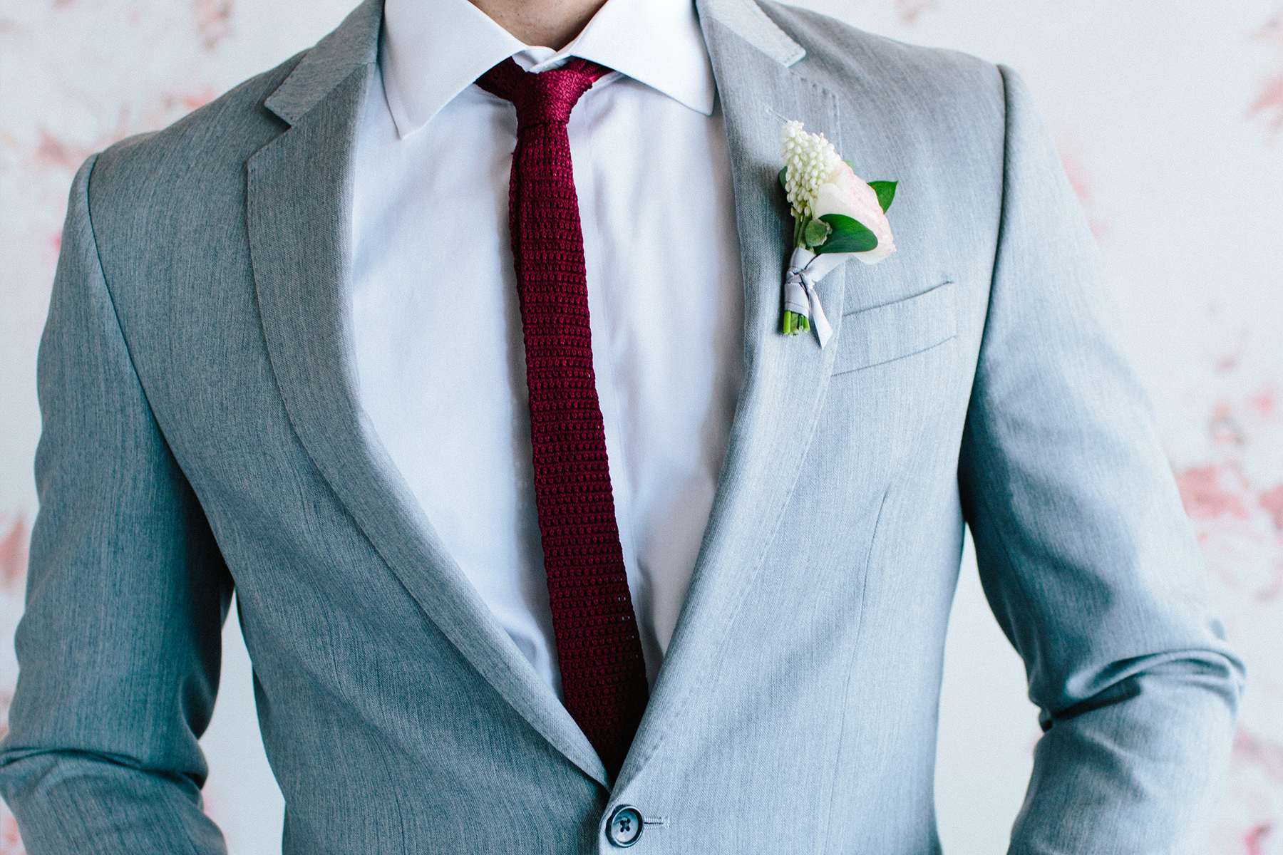 Men\'s Wedding Suits & Groom Outfits | The Black Tux Blog